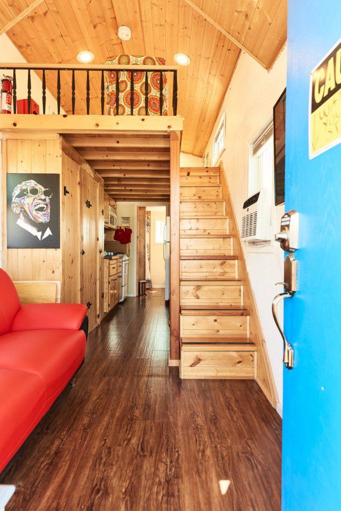 tiny-house-oakland-airbnb